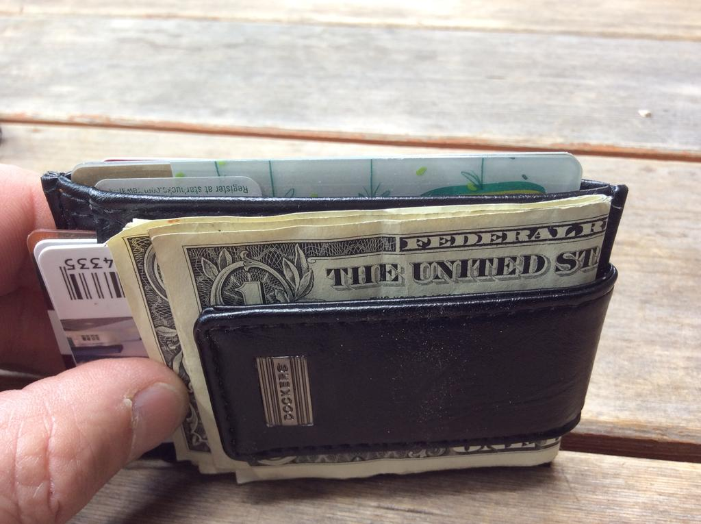 Post up your wallets, billfolds, money clips and or whatever. *A better way?-img_0246.jpg