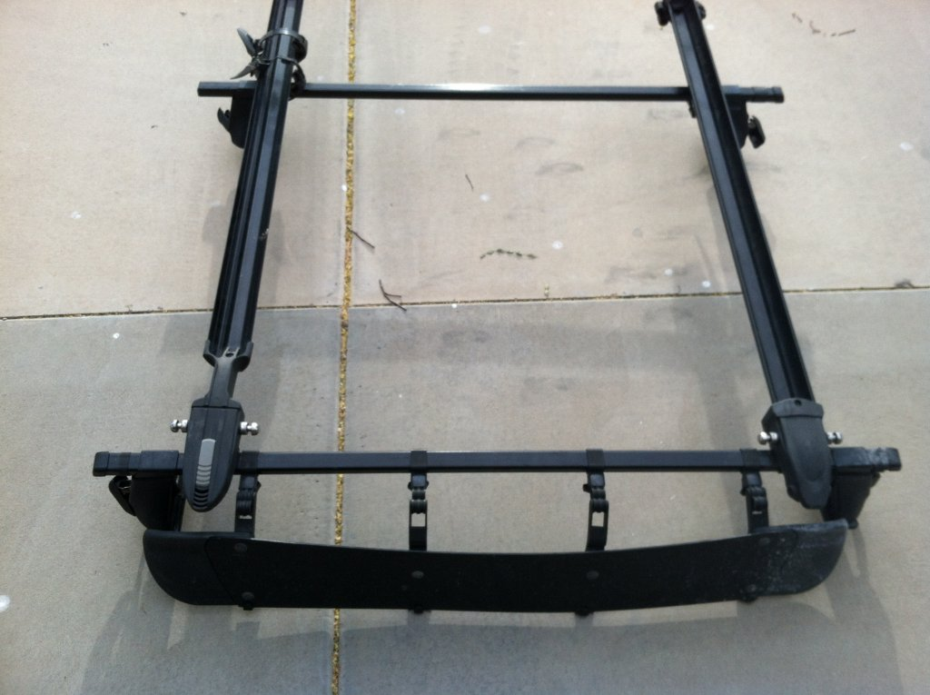 Car top rack - free to a good home-img_0279.jpg