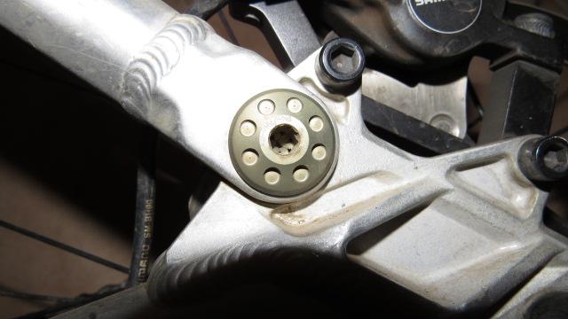 Broken Scott Genius Parts?-img_0302.jpg