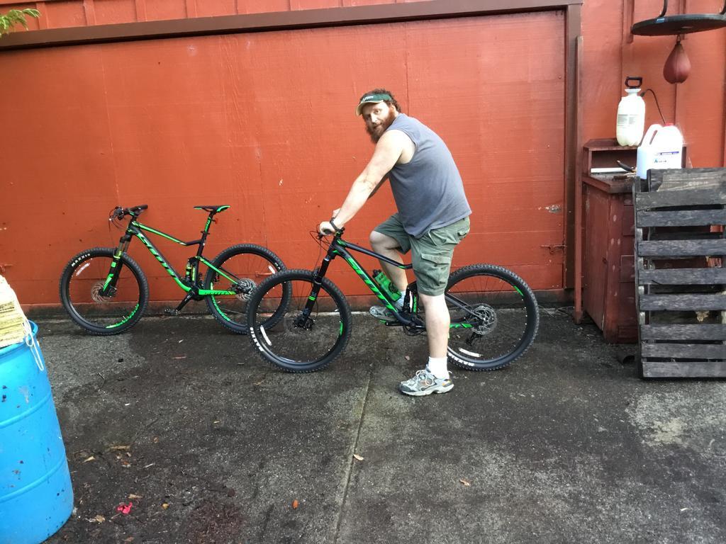 Roll Call:  How bigga boy are ya? What bike do you ride?-img_0305.jpg