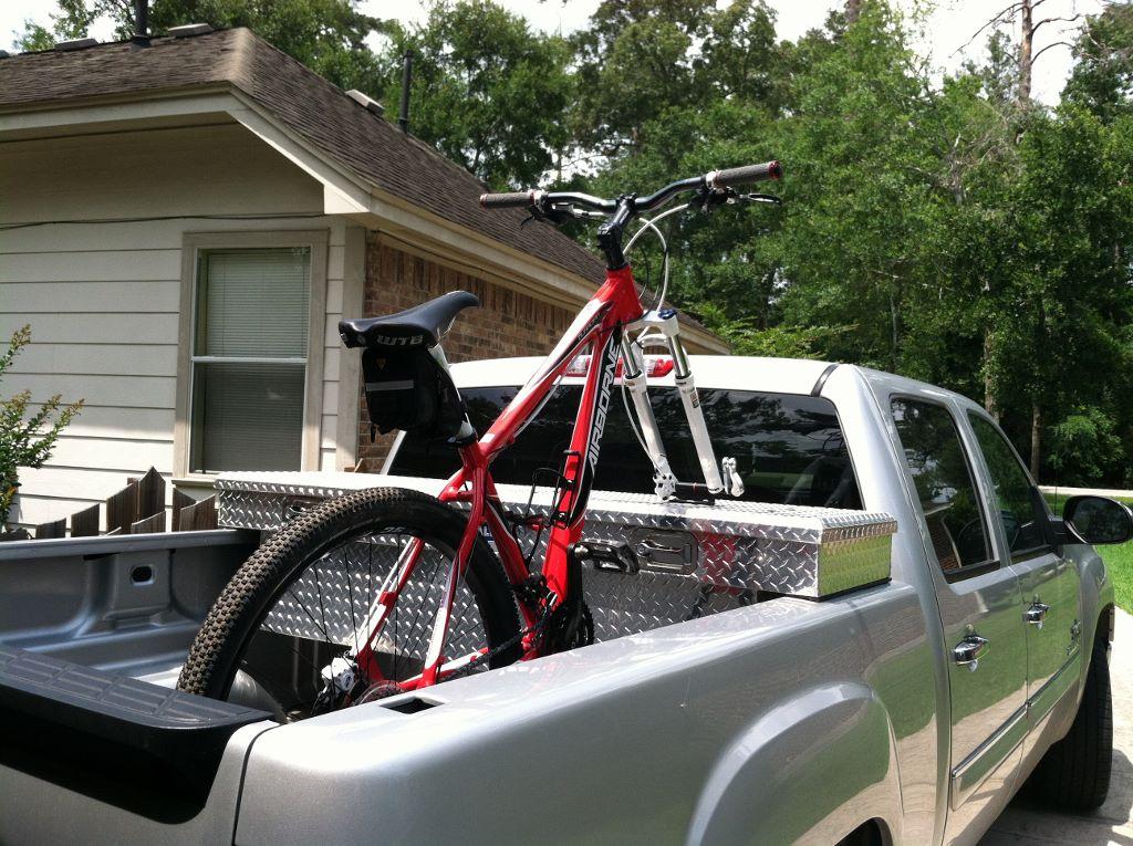 Pick up truck bike racks?-img_0376-1024x765-.jpg