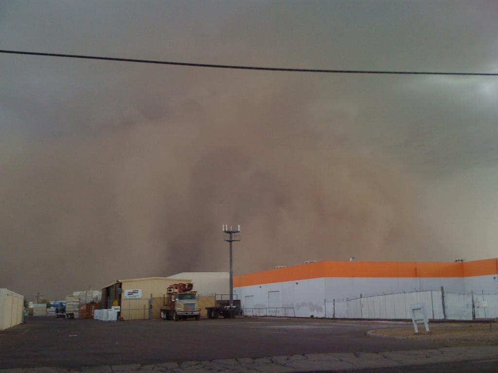Another Haboob-img_0405.jpg