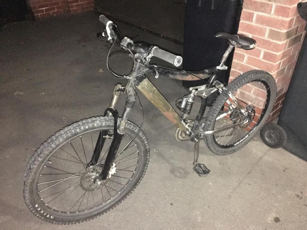 Mystery Bike-img_0497.jpg