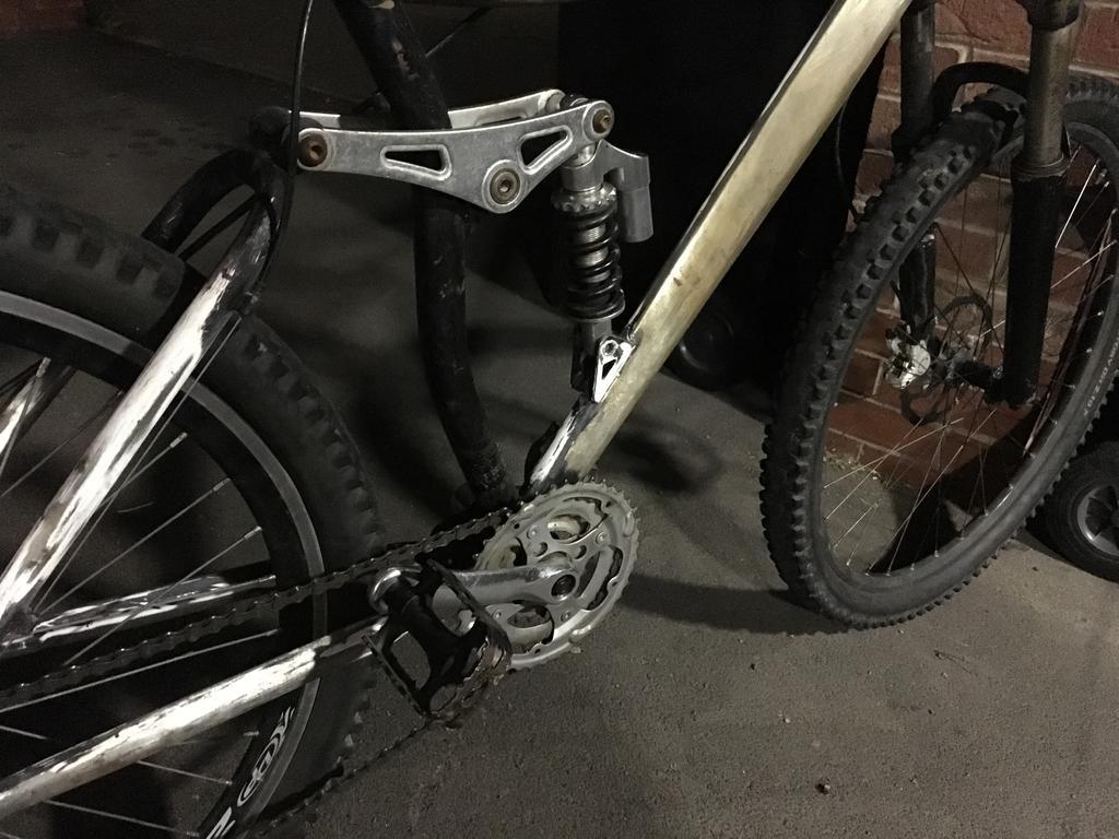 Mystery Bike-img_0508.jpg