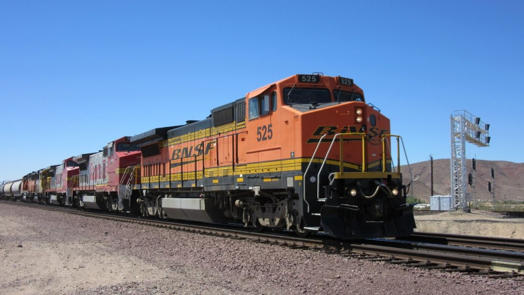 Who Likes Trains?-img_0555-1280x720-.jpg