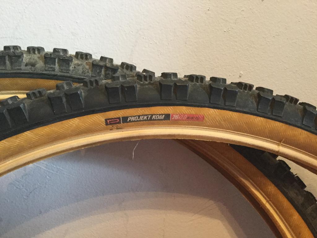 Gum/tan/skin wall tires - let's see them!-img_0565.jpg