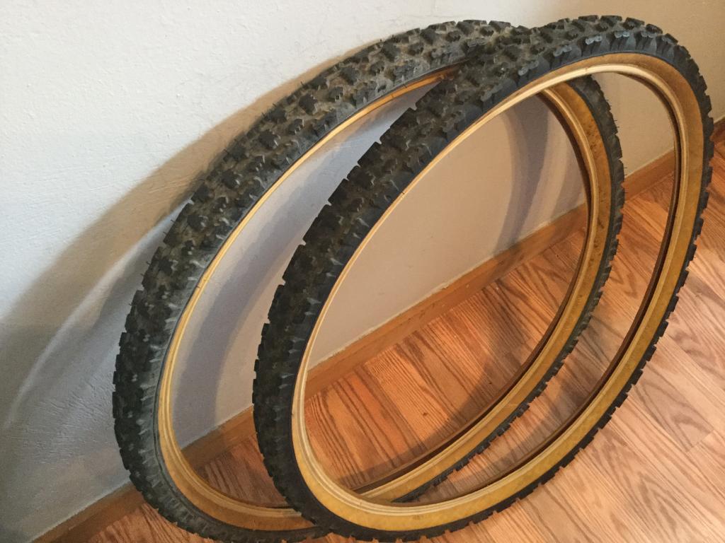 Gum/tan/skin wall tires - let's see them!-img_0566.jpg