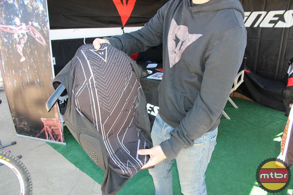 Ryholite Vest (back)