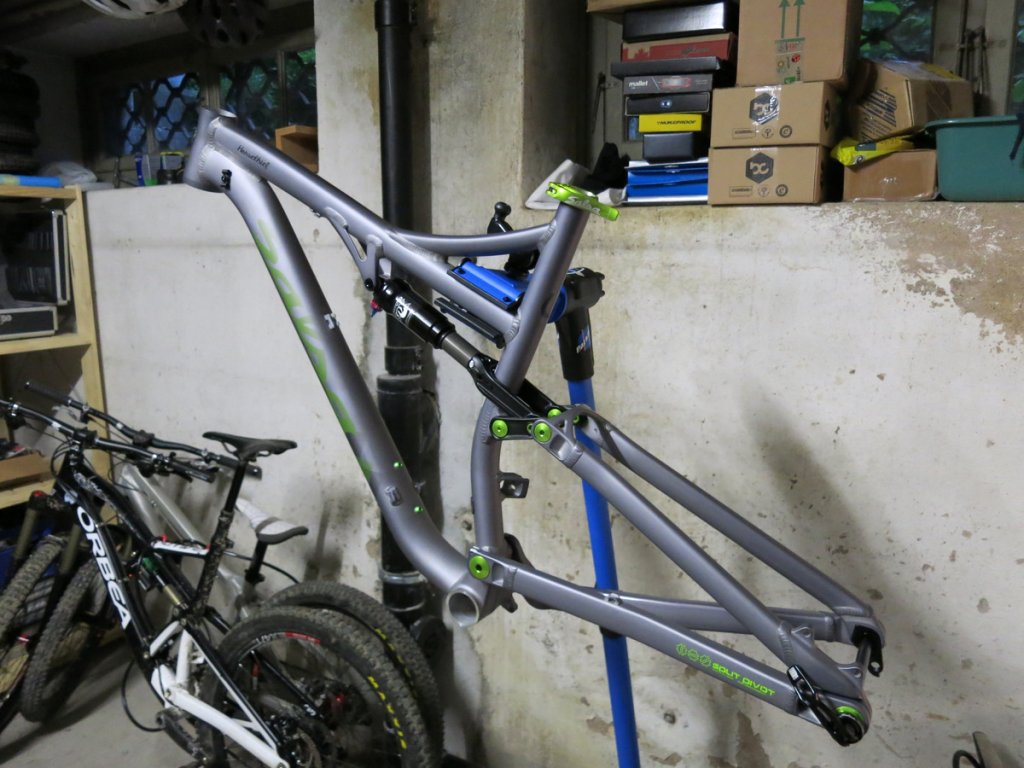 Ordered my Horsethief L Frame today, looking forward to building it!-img_0697.jpg