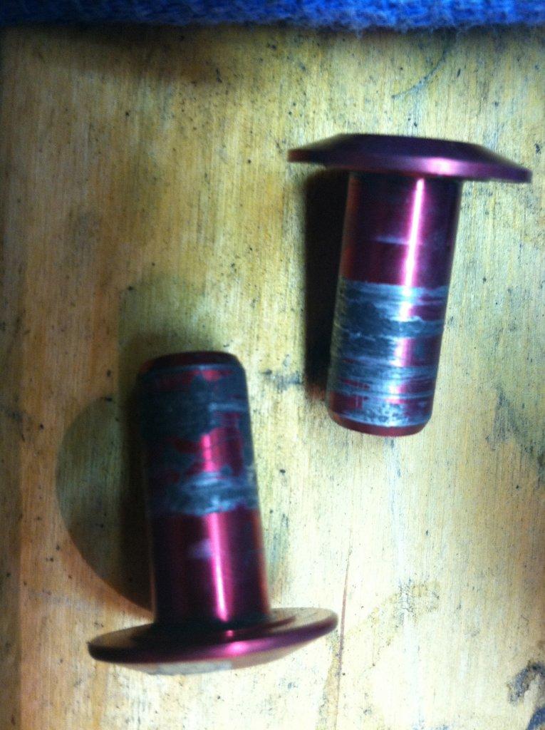 FS 01 pivot maintenance - advice needed-img_0741.jpg