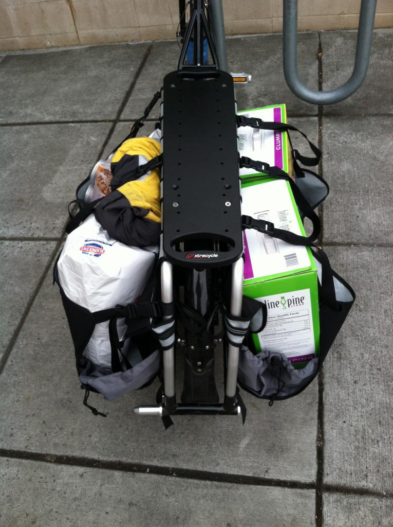 anyone haul dog food on their cargo???-img_0768.jpg