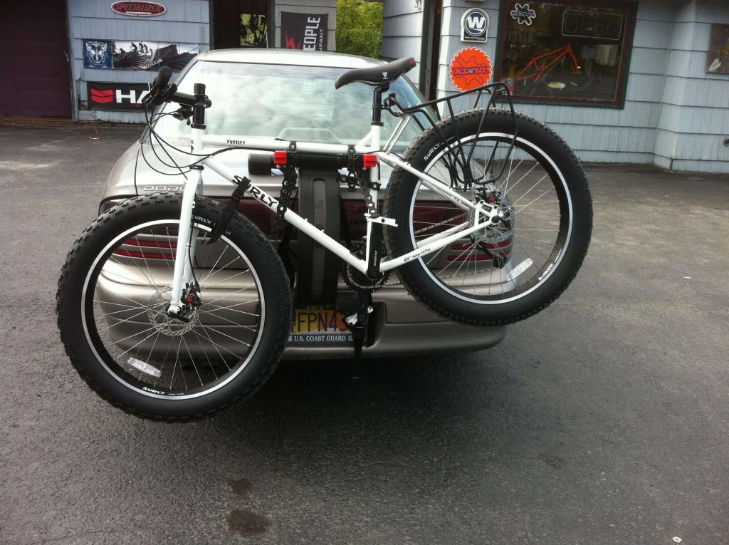 Dude that bike has fat tires....-img_0818b.jpg