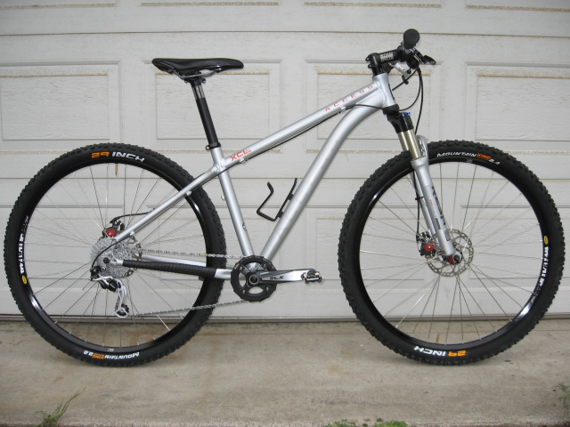 Can We Start a New Post Pictures of your 29er Thread?-img_0832.jpg