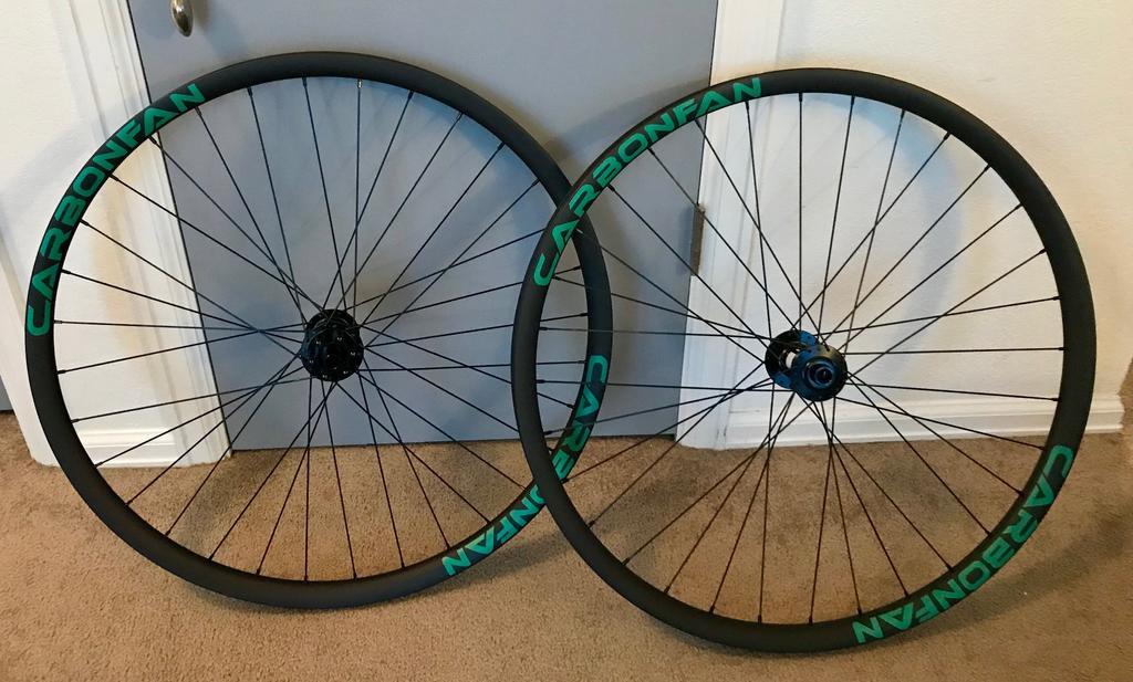 New Carbonfan Wheels-img_0861.jpg