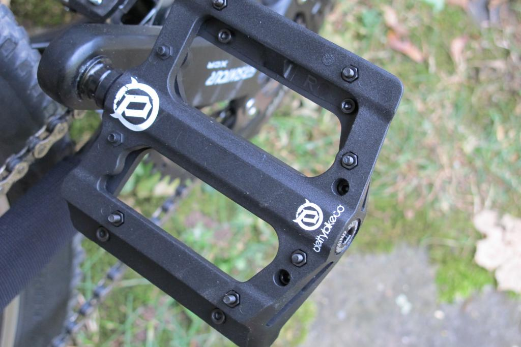 Deity compound pedals??-img_0875.jpg