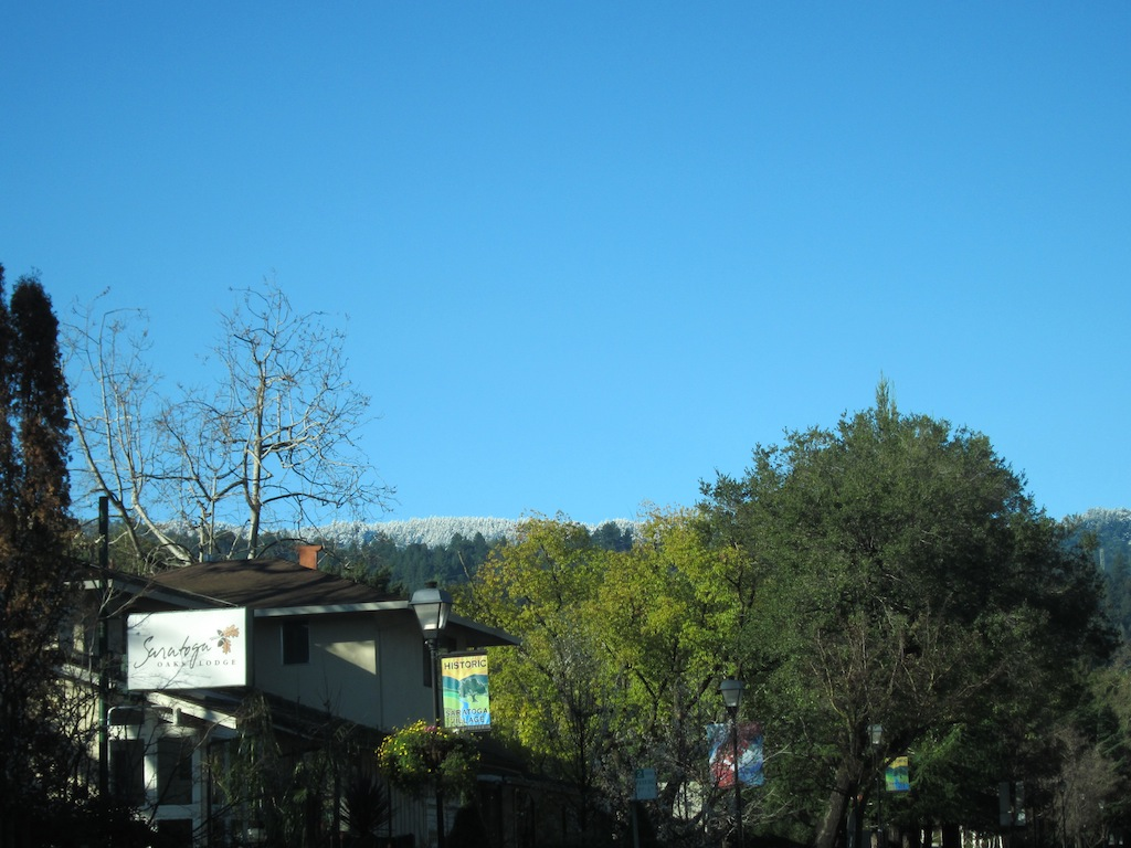 Snow on top of Montebello-img_0924.jpg