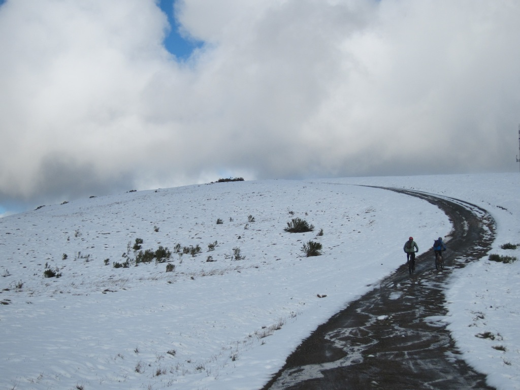 Snow on top of Montebello-img_0933.jpg