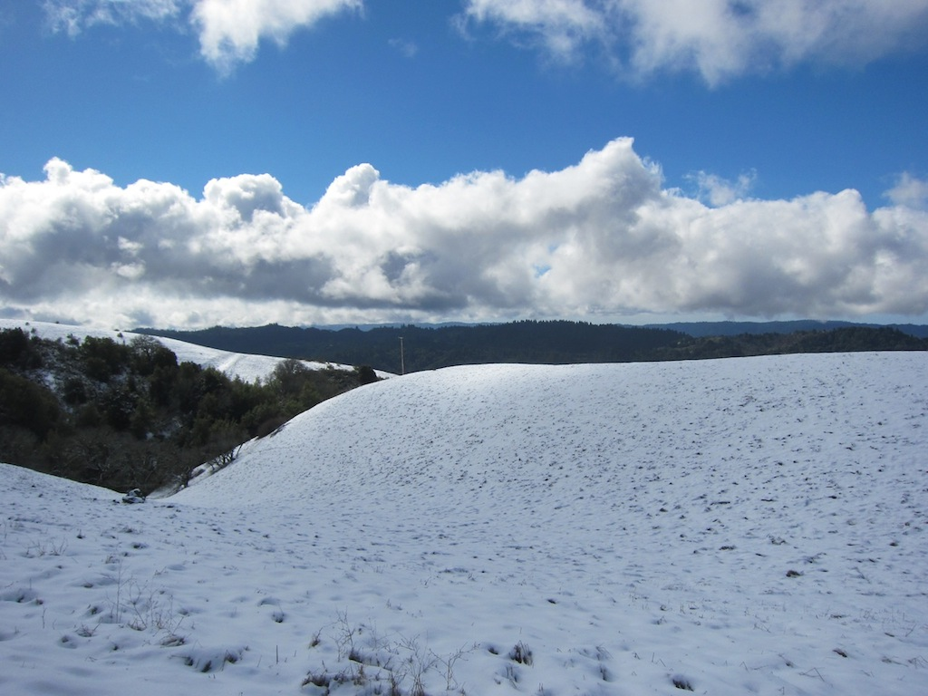 Snow on top of Montebello-img_0943.jpg