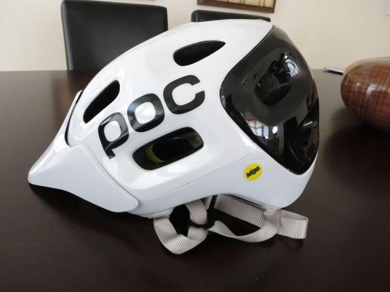 Poc Trabec Race or Trabec Race MIPS or Troy LEE a1 helmet-img_0973.jpg