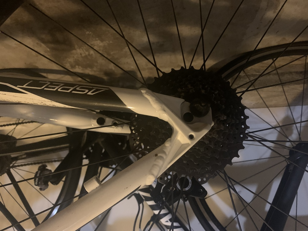 HELP - 29er is thrashed and need help figuring out repairs.-img_1031.jpg