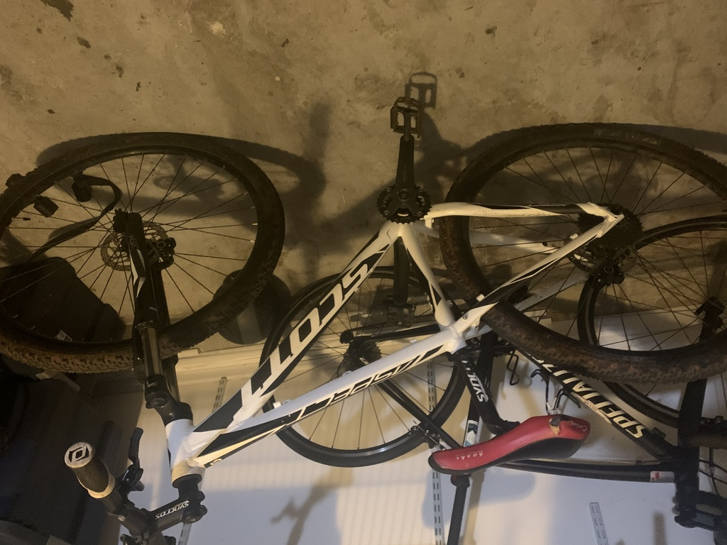 HELP - 29er is thrashed and need help figuring out repairs.-img_1032.jpg