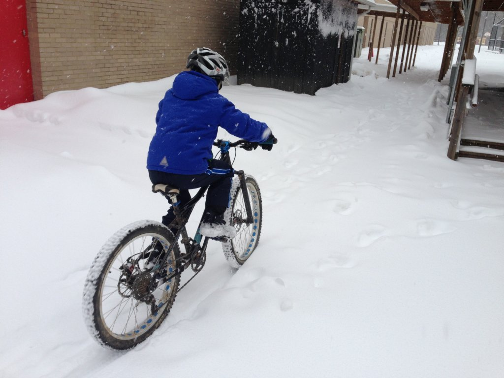 "Using a 24"" DH Tire for a Kid's Fatbike-img_1033.jpg"