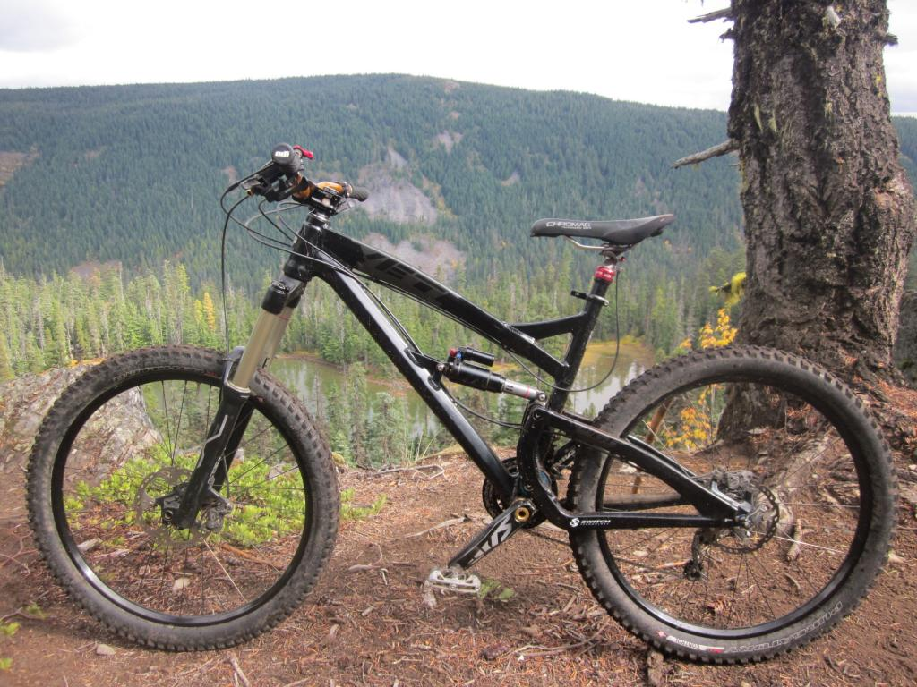 Post your Enduro/Super D rigs here...-img_1035-3000-x-2250-.jpg