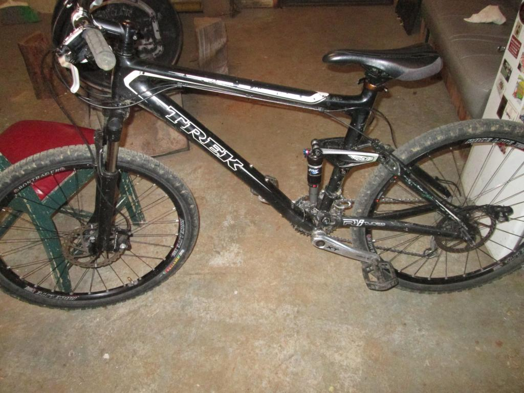 Want to trade my 2008 Trek Fuel EX 9 Carbon for an aluminum frame Fuel.-img_1038.jpg