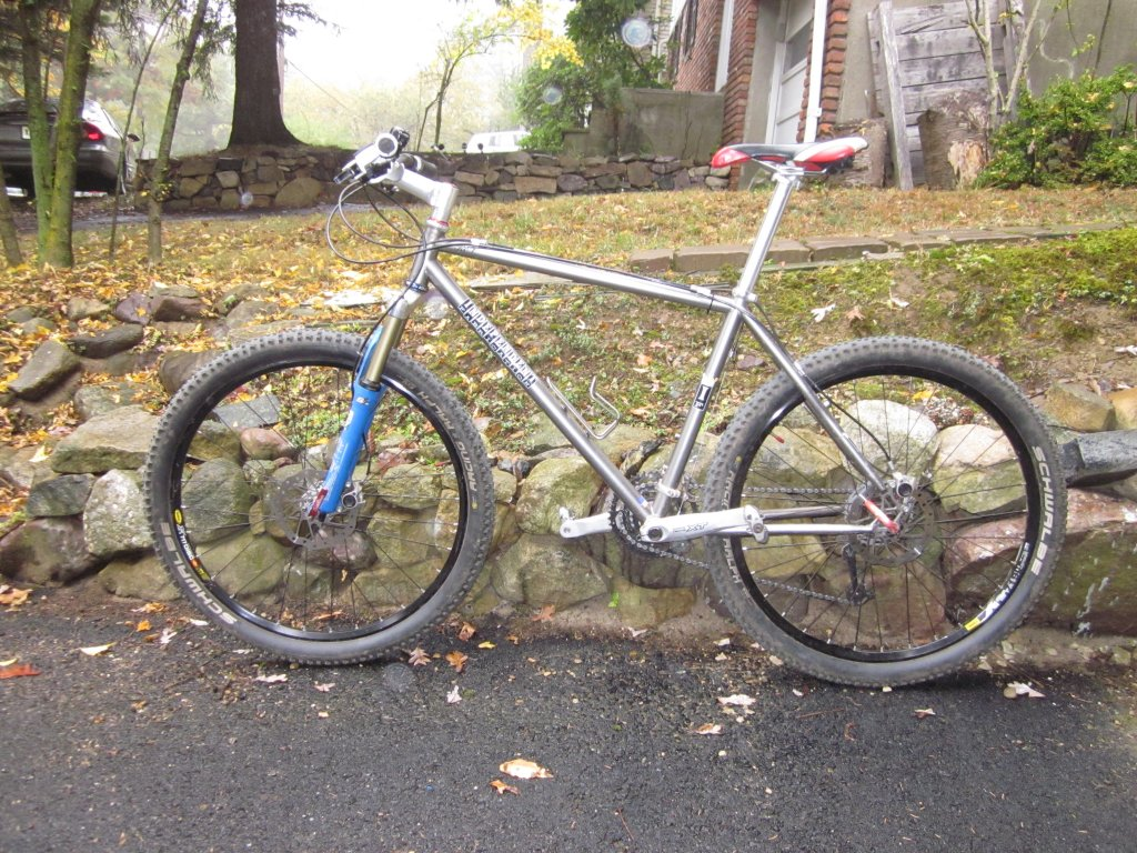 Show us a picture of your 26er MTB that you still use on the trails-img_1044.jpg