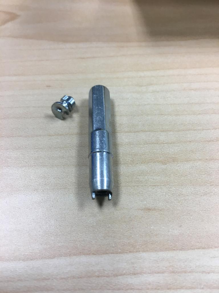 Chinese Knock Off Grip Studs-img_1055.jpg