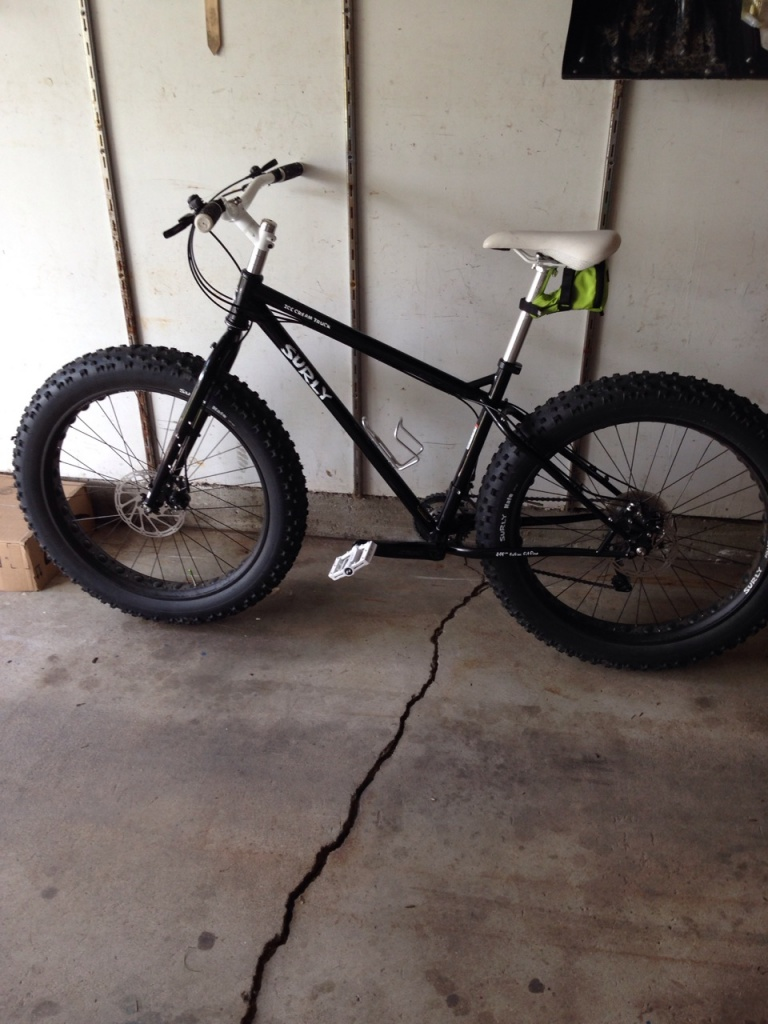 Post pics of your Surly!!!-img_1068.jpg