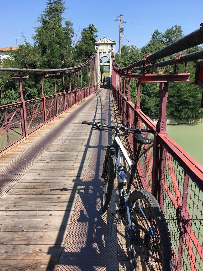 bike +  bridge pics-img_1068.jpg