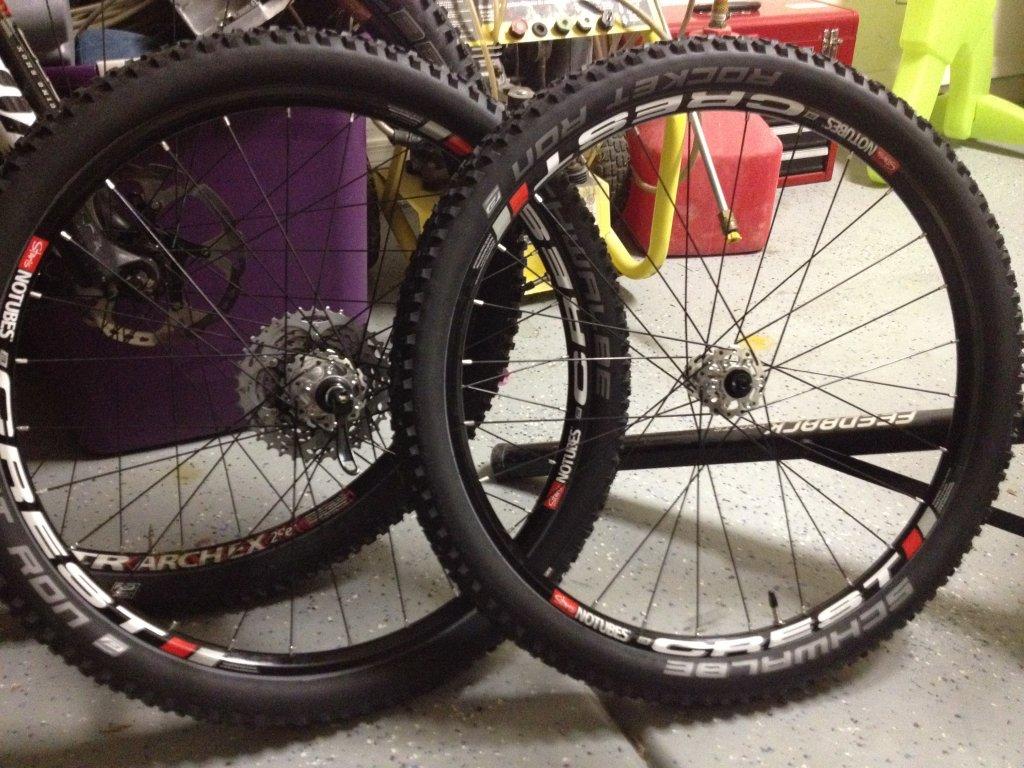 Stan's Crest Wheel Build-img_1071.jpg