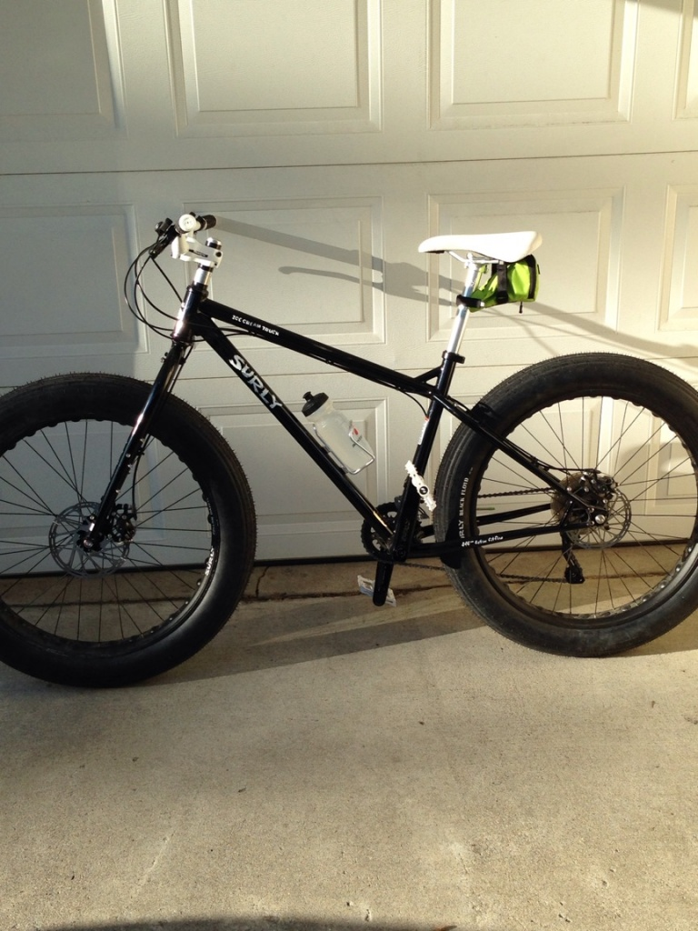 Post pics of your Surly!!!-img_1079.jpg