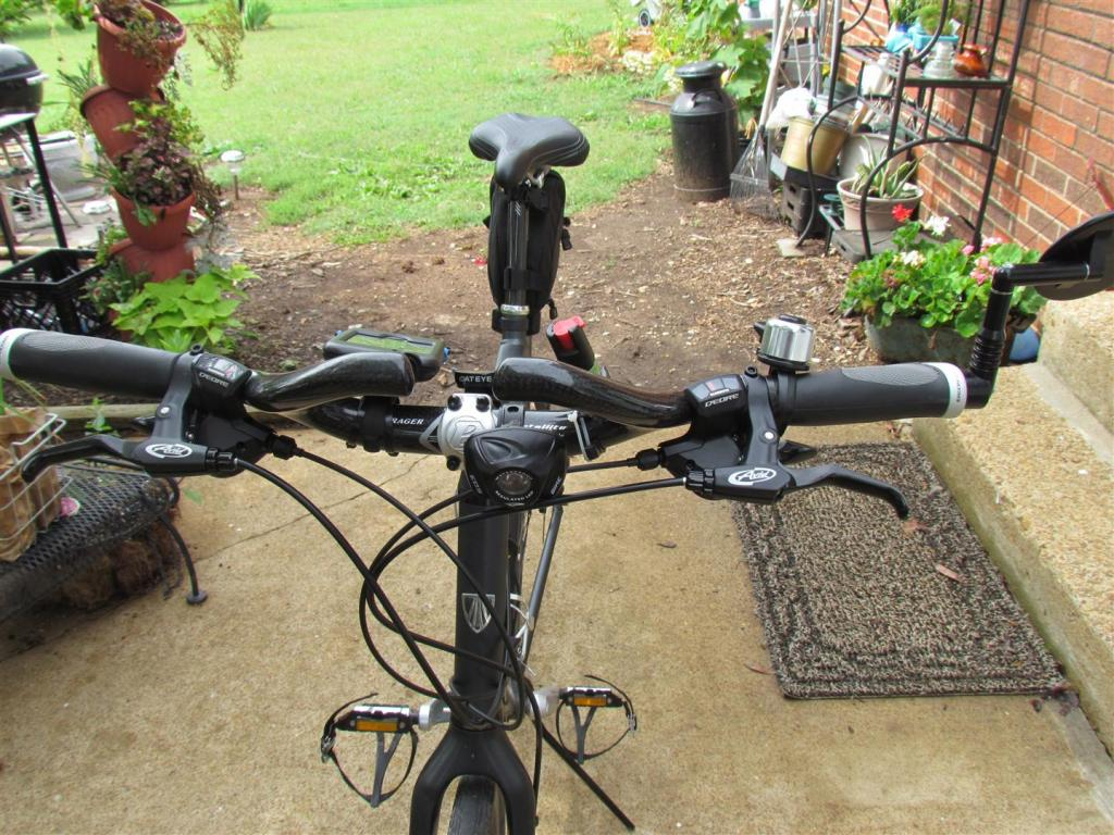 Ergon grips and bar end mirror?-img_1082-large-.jpg