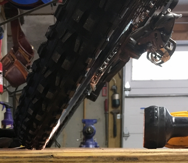 Lean Angle and Tire/Rim Choice-img_1177-640x555-.jpg