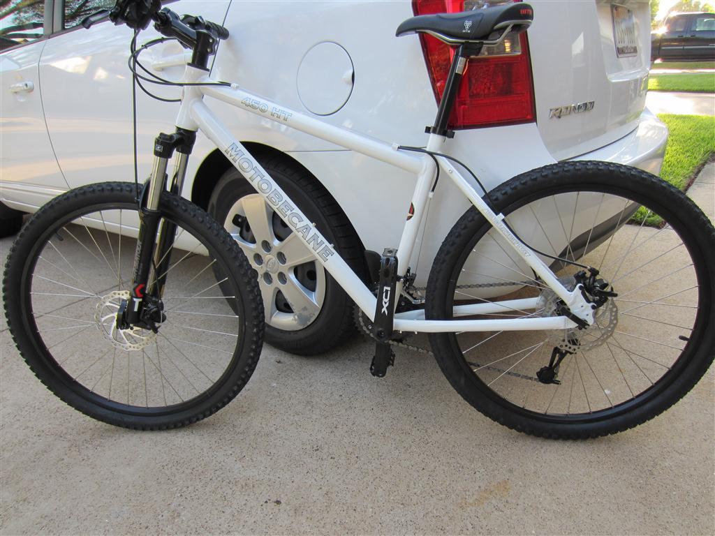 Post pics of your moto.-img_1213-custom-.jpg