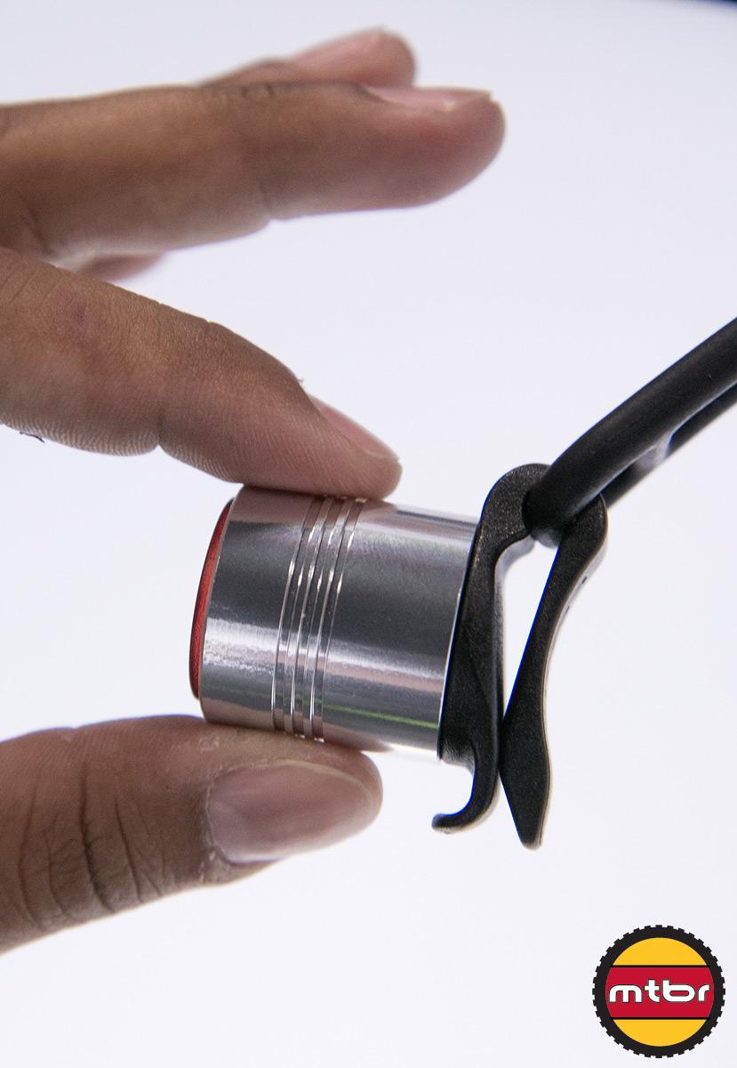 Lezyne Femto Drive Light - Clip Detail
