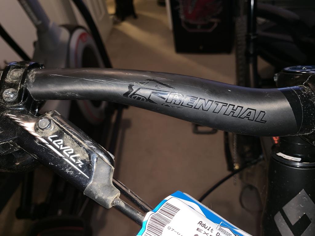 Damaged Carbon Bars after crash. Still ok to ride???-img_1330.jpg.jpg