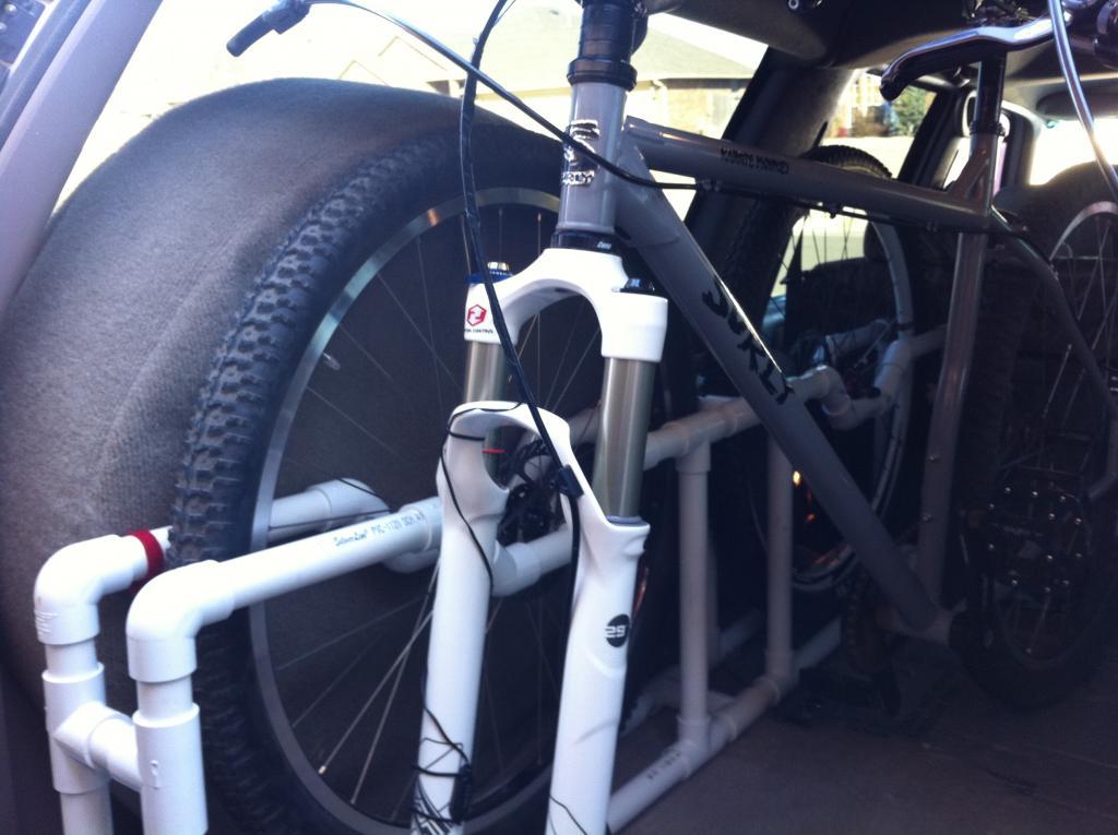 Custom Suburban wheel rack-img_1341.jpg
