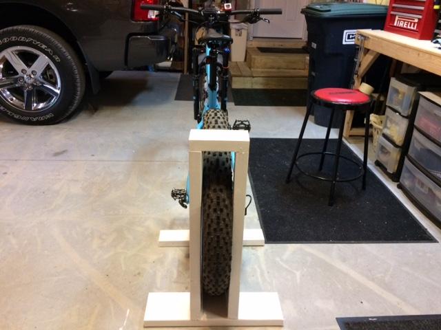 DIY bikestand for fatbike-img_1366.jpg