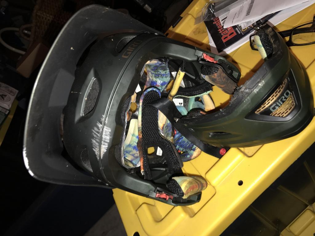 GIRO Switchblade Failure-img_1396.jpg