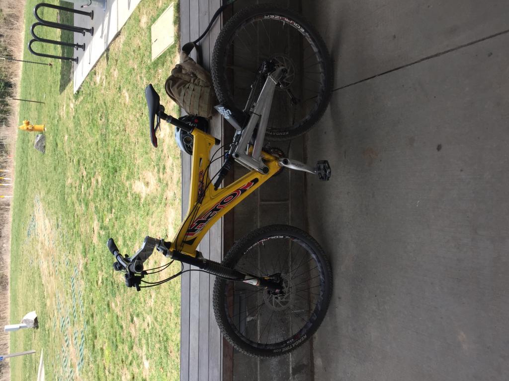 Old School DH bikes-img_1419.jpg