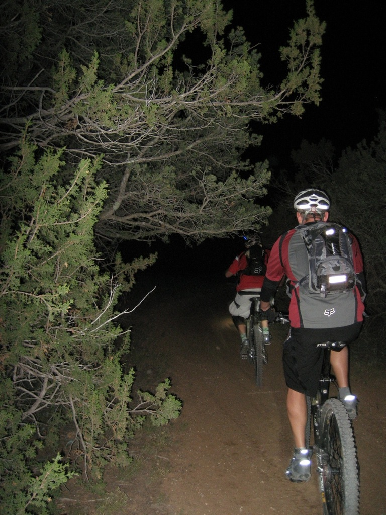 Cedro, Coyote, Guinness, in the dark on a creamcycle?-img_1442.jpg