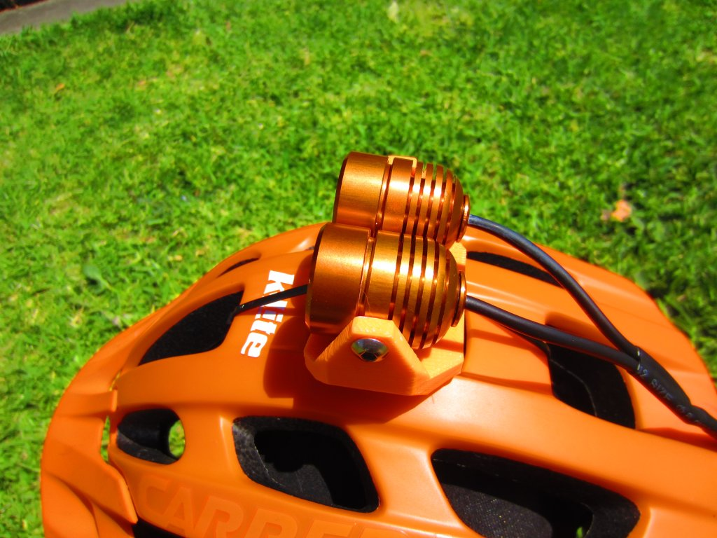 kLite dual helmet light w wireless bar remote-img_1461.jpg