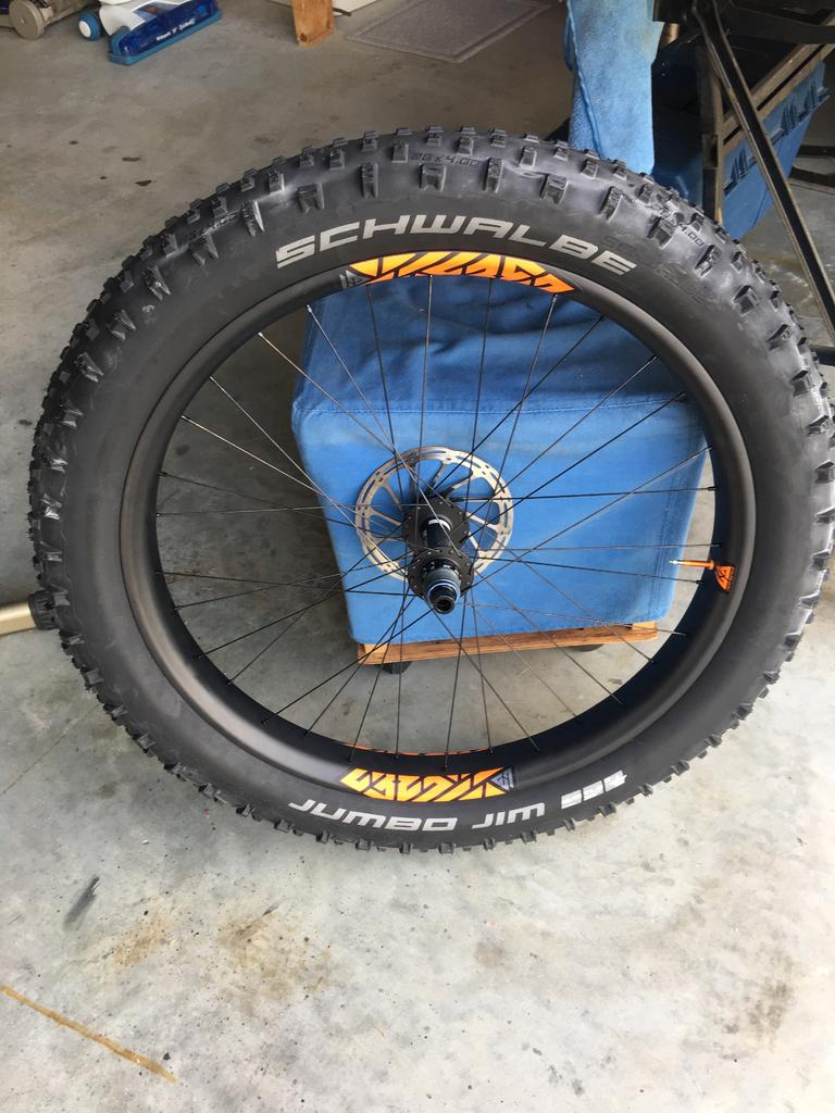 Tubeless Tuesday.-img_1465.jpg