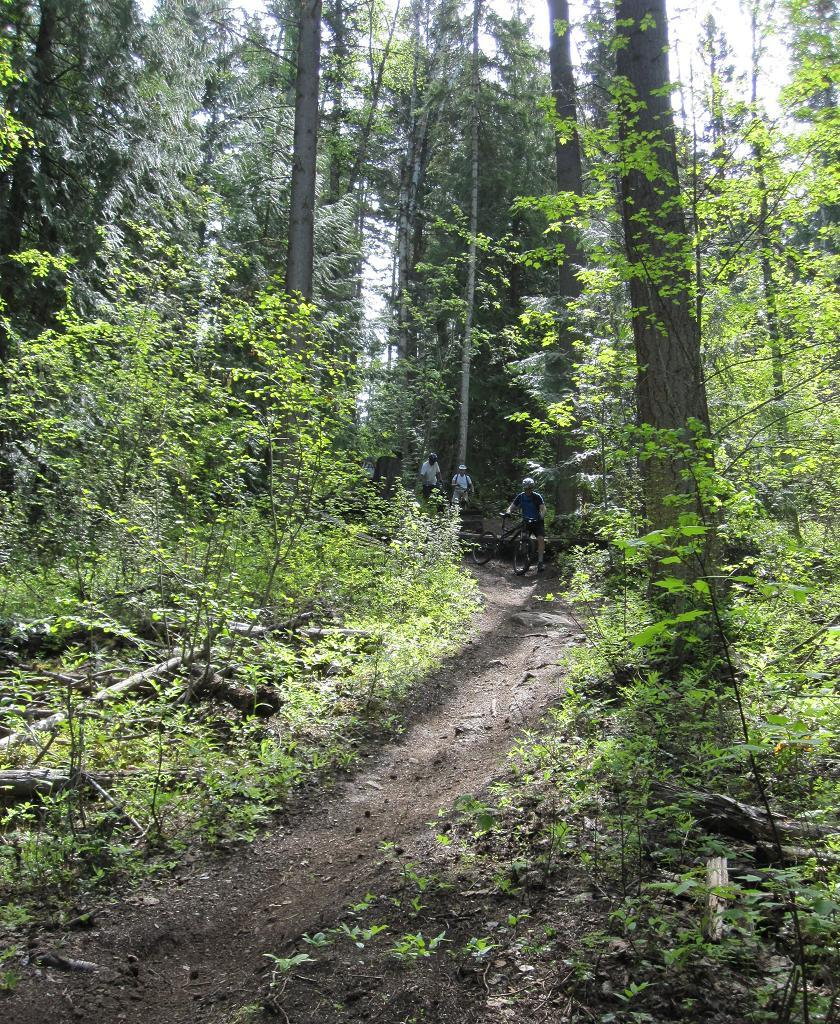 South Canoe Trails - Salmon Arm B.C.-img_1496a.jpg