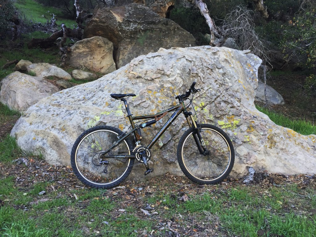 Are you still running a 26 frame with rim brakes ?-img_1519-2-.jpg