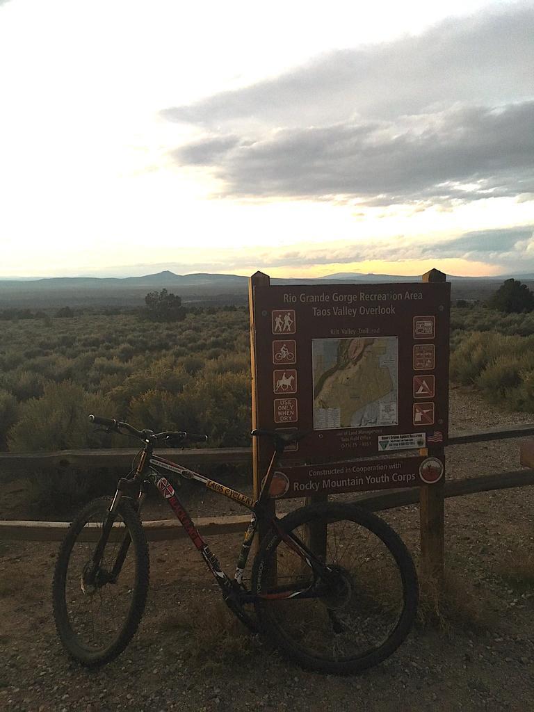 Bike + trail marker pics-img_1559.jpg