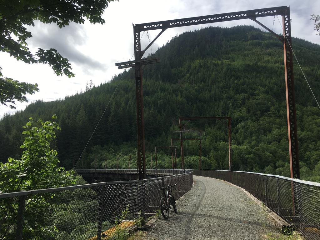 bike +  bridge pics-img_1571.jpg
